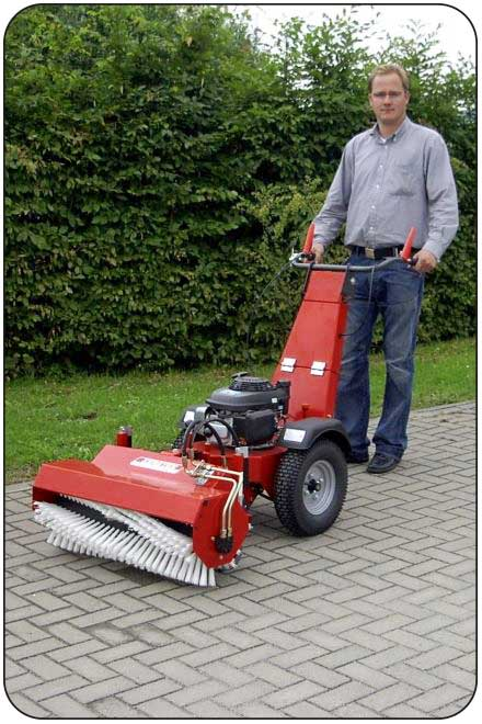 SW 85 - Powered Sweeper